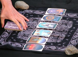how to read tarot cards for yourself